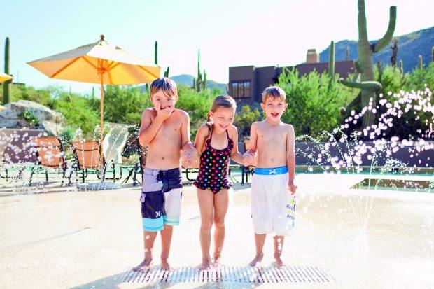 dove mtn Kids at splash pad