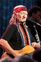 Childhelp's Drive the Dream Gala 2011: Willie Nelson Performance