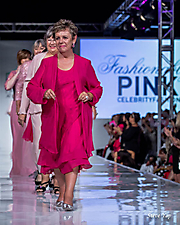 Fashionably Pink Survivor & Celebrity Runway Show (II)