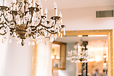 Chandelier of Neil Giuliano home
