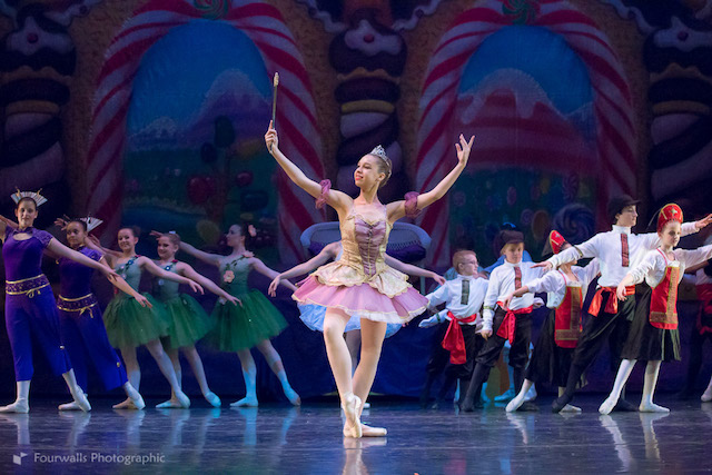 Arizona-Youth-Ballet-Nutcracker_8b1ccc65-5056-b3a8-49551c7586a04524.jpg