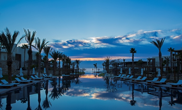 Chileno_Bay_Resort__Residences_Twilight_H6606.jpg