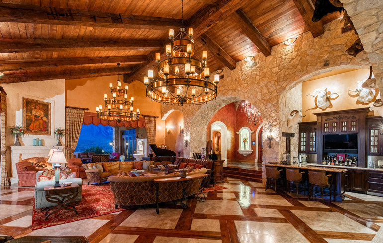 Gold Canyon, electronic disappearing walls of glass of Superstition Mountain, $9,995,000.jpg