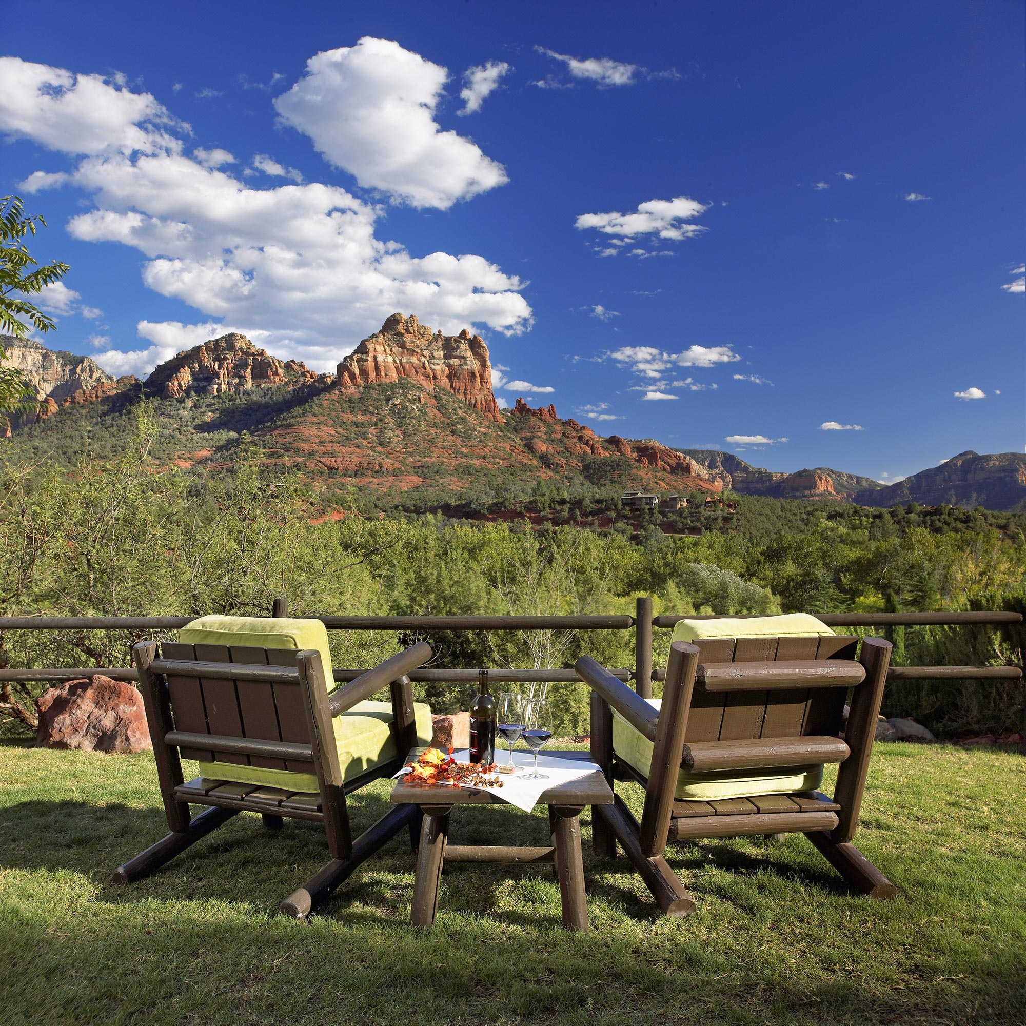 LAuberge_Chairs_RedRockView.jpg