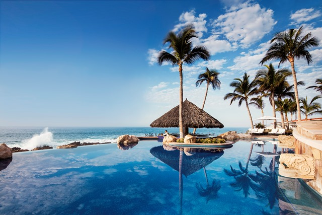 One&Only_Palmilla_Exterior_Vista_Pool-14MB High Res.jpg