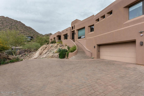 Paradise-Valley---Listed-by-Homesmart---.jpg