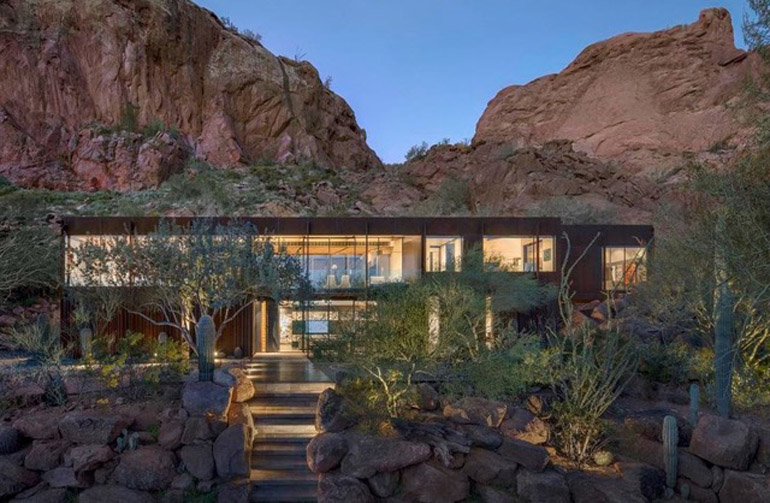Paradise Valley, Cliffback, which received the 2020 AIA top honor award for the Western Mountain Region, is nestled into the red rocks of Camelback Mountain, $7,137,000.jpg
