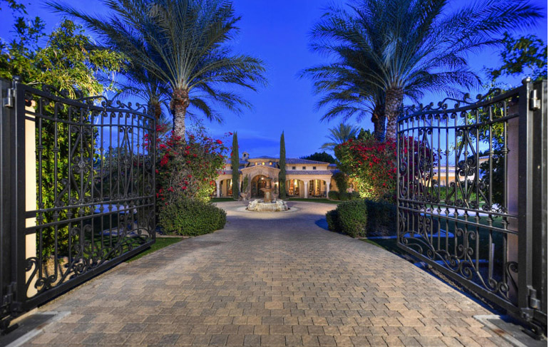 Paradise Valley,  magnificent double-gated home of LOT 64 CAMELBACK LANDS, $9,500,000.jpg