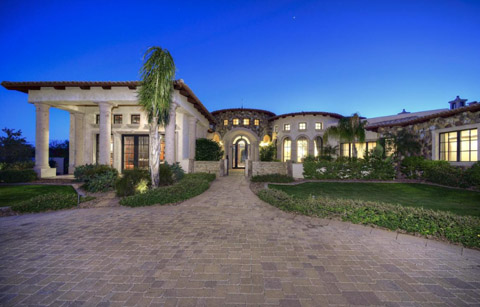 Paradise_Valley_gated_estate_on_cul_de_sac_with_mountain_views_at_Valle_Vista_2965000.jpg