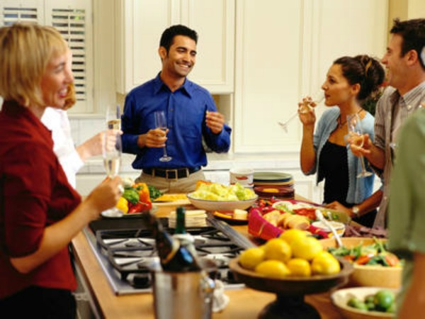hosting an at home brunch - Hosting A Party At Home