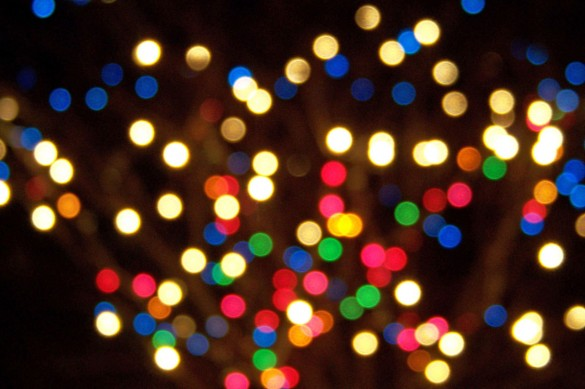 Out Of Focus Christmas Lights 585x389