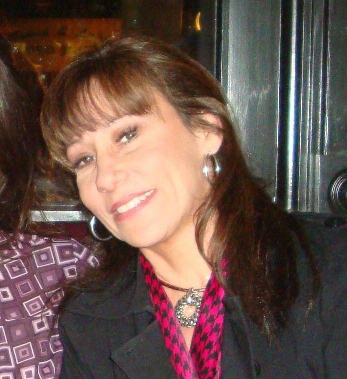 AZ Insider: Celeb Gift Books And Rod Stewart Phoenix Rumors