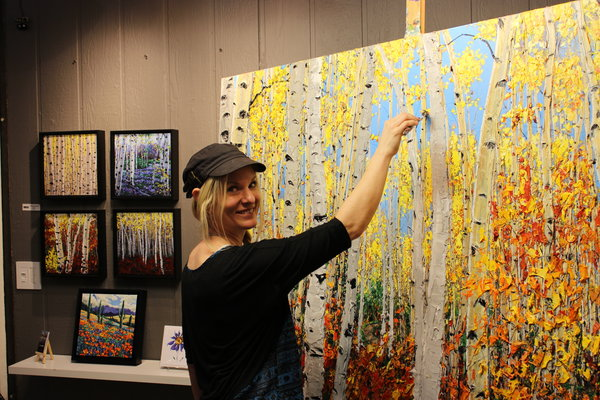 rsz jennifer vranes painting at the celebration of fine art
