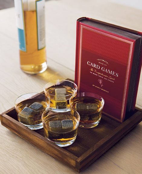 AFM1212-Gift-Guide-Whiskey-and-Cards