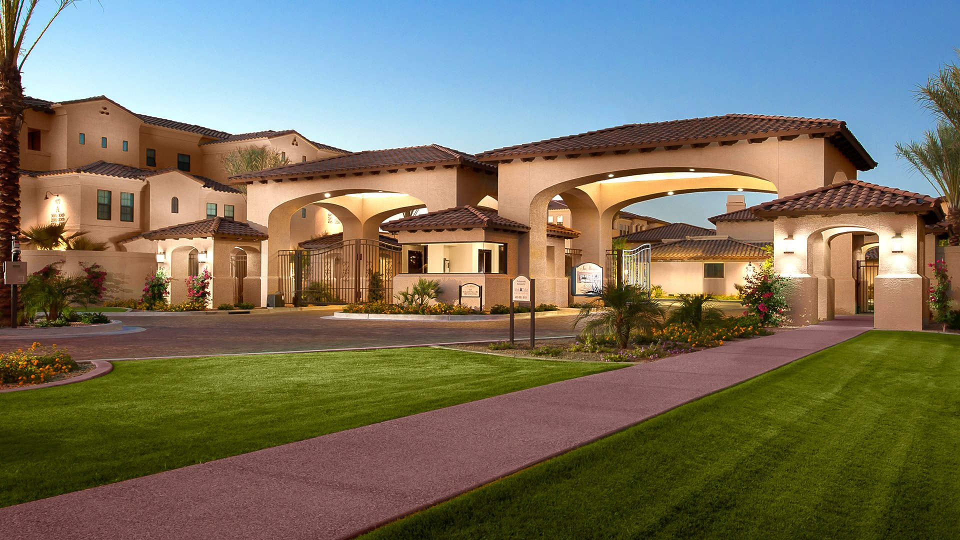 Luxury Apartment Of The Month San Travesia In Scottsdale