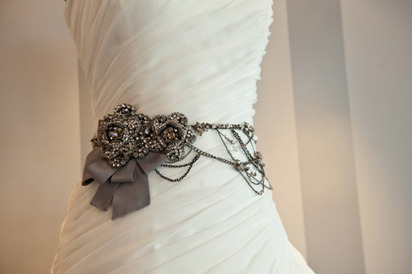 wedding-dress-trends-belts-1