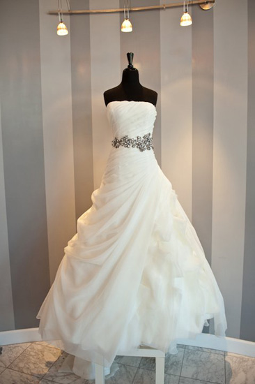 wedding-dress-trends-belts-10