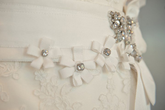 wedding-dress-trends-belts-5