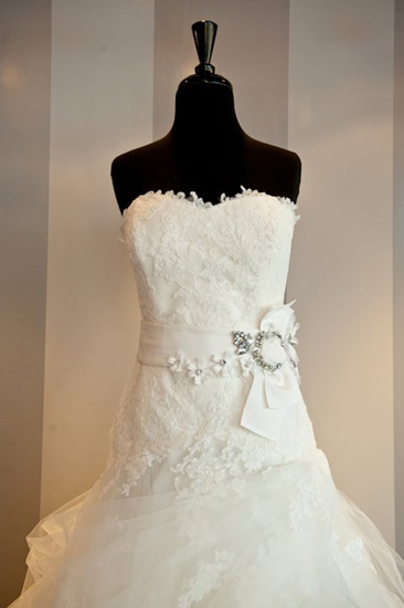 wedding-dress-trends-belts-7