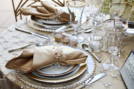 Unique Place Settings For Weddings