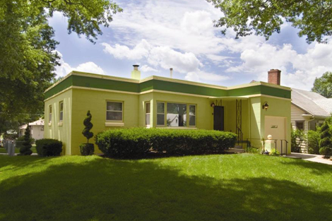 Tips For Picking Exterior Paints For Your Home