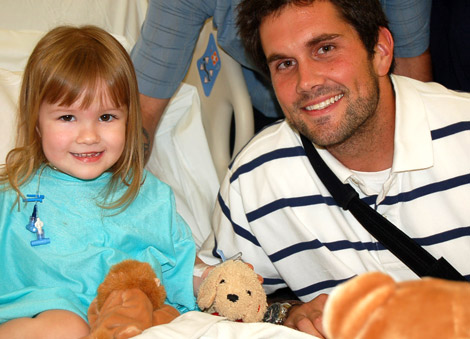 matt leinart with child
