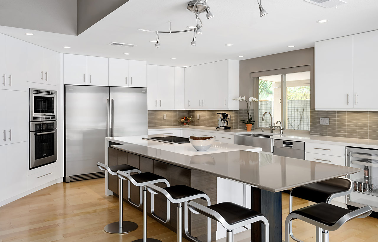 Small Kitchen Remodel Black Cabinets