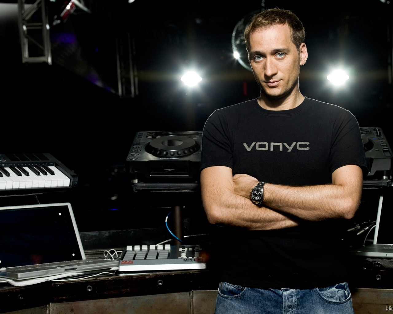 paul-van-dyk-soletron-exclusive