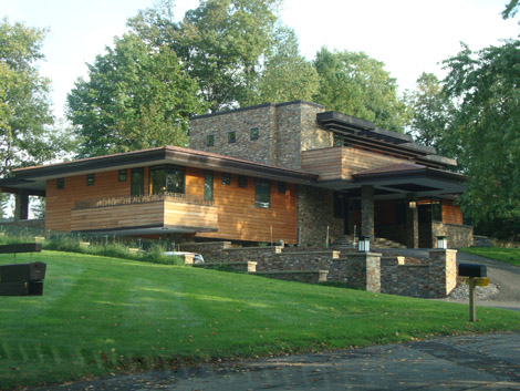 Michael Rust FLW-inspired home New York