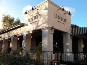 Adding A Whole New Dimension To The Growing Tucson Restaurant Scene Union Delivers Wide Variety Of Artfully Prepared Favorites Ahi Nicoisse Salad