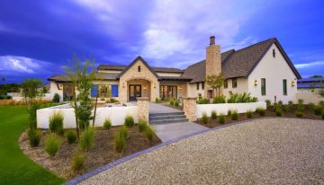 <strong><em>Frank Aazami's Featured Listing</em></strong><br>Contemporary Farmhouse-style Equestrian Estate in Bartlett Estates, Phoenix