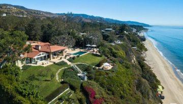 On the Market: A Chic Malibu Residence