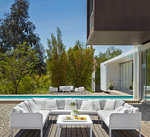 New Year, New Outdoor Space: Update Your Patio with Brown Jordan