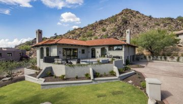 On the Market: $1,895,000 Paradise Valley Home With Sweeping Views