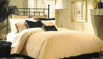 New Site Offers Vast Linen Selection
