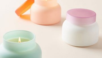 5 Summery Candles You Need Now