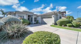 On the Market: Charming Desert Ridge Abode