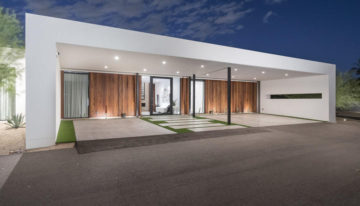 On the Market: Modern Masterpiece in Paradise Valley