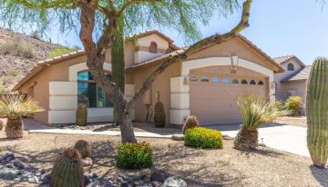 On the Market: Mountain-side North Phoenix Retreat