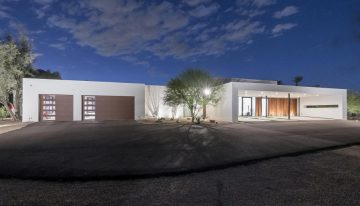 On the Market: Unique, Modern Beauty in Paradise Valley