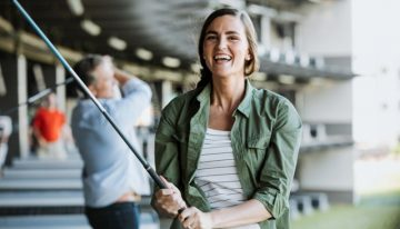 Topgolf Celebrates National Golf Day with Free Lessons