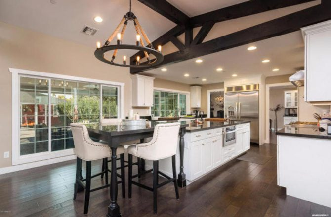 On the Market: $1,349,000 Scottsdale Stunner