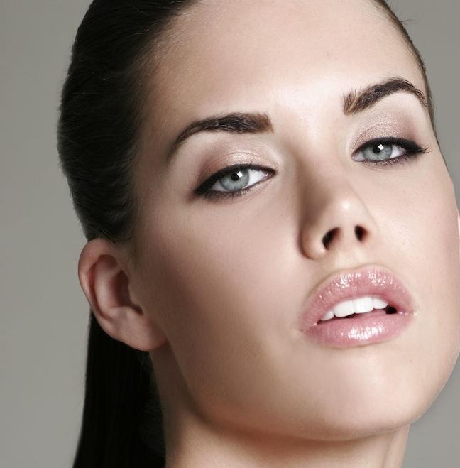 erica kern ford robert black agency model