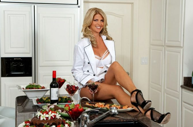 Bringing Sexy to the Kitchen