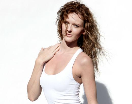 Courtney Shoemaker - Sungun Tanning