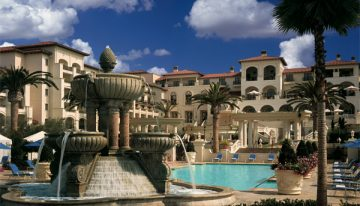 Oceanfront Golf and Accomodations in Dana Point