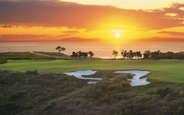 Oceanfront Golf Packages in Newport Beach