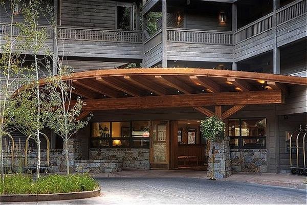 Cool Off With Aspen Summer Resort Savings