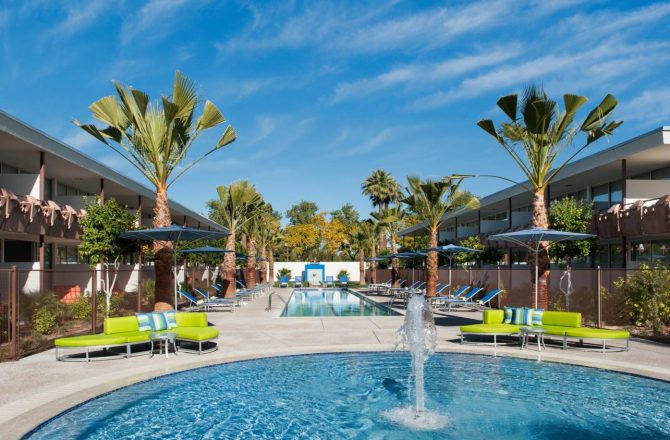 Take a Dip in Hotel Valley Ho's New OHasis Pool