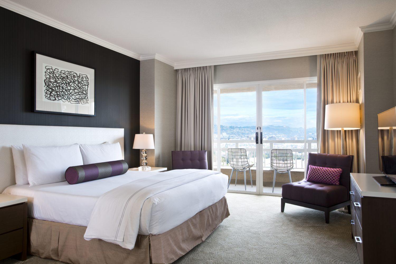 Elite Honeymoon Suite Bedroom
